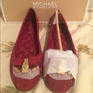 Michael Kors Flat Shoes Avalaible sizes: 6 to 10
